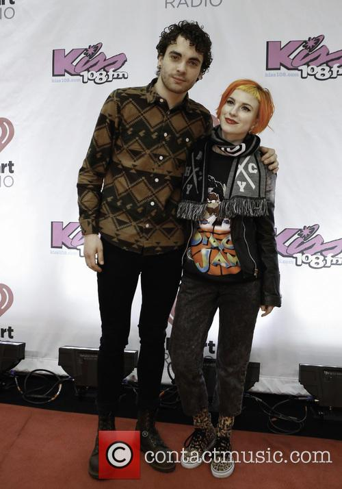 Taylor York and Hayley Williams 2