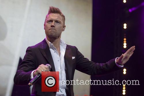 ronan keating boyzone perform live in concert 3999524