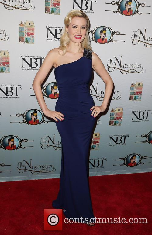 holly madison red carpet opening of nevada 3999191