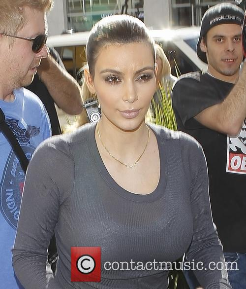 kim kardashian kim kardashian christmas shopping in 4000798