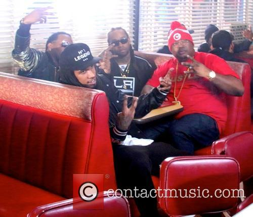 E-40, Juicy J and Ty Dolla  2