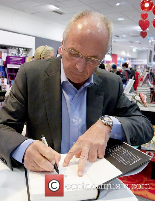 Sven-Goran Eriksson signs copies of his new book...