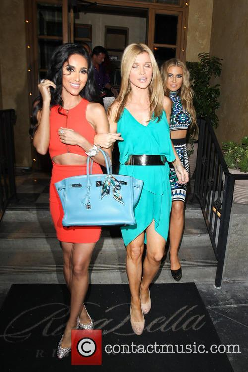 Carmen Electra, Joanna Krupa and Lilly Ghalichi 8