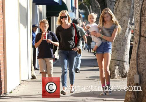 Reese Witherspoon, Ava Phillippe, Tennessee Toth and Deacon Phillippe 5