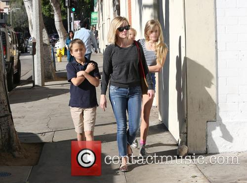 Reese Witherspoon, Ava Phillippe, Tennessee Toth and Deacon Phillippe 7