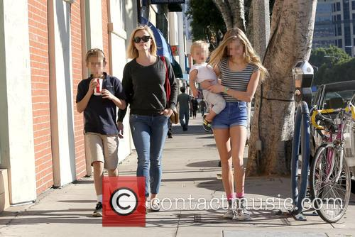 Reese Witherspoon, Ava Phillippe, Tennessee Toth and Deacon Phillippe 10