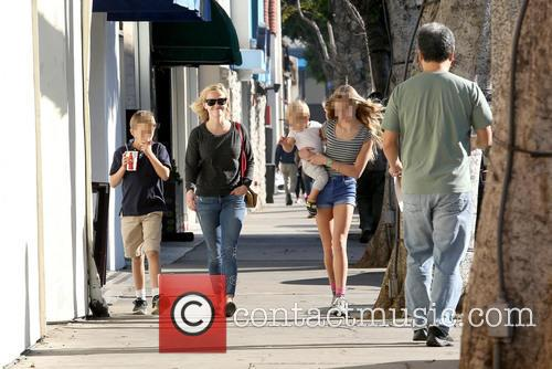 Reese Witherspoon, Ava Phillippe, Tennessee Toth and Deacon Phillippe 11