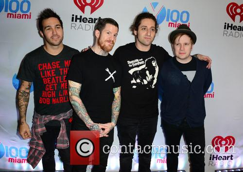 (l-r) Pete Wentz, Andy Hurley, Joe Trohman and Patrick Stump Of Fall Out Boy 2