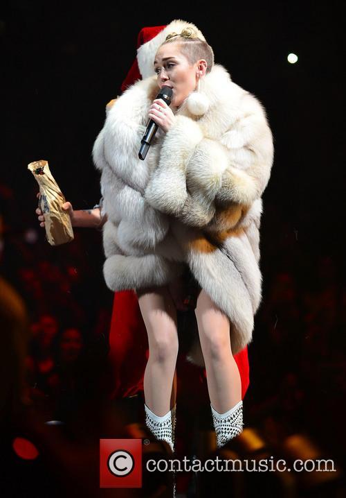 Miley Cyrus 12