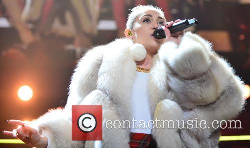 Miley Cyrus 16