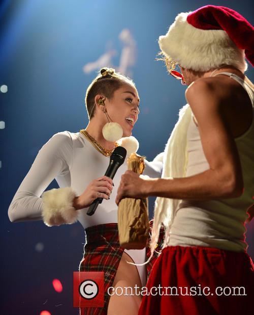 Miley Cyrus 42