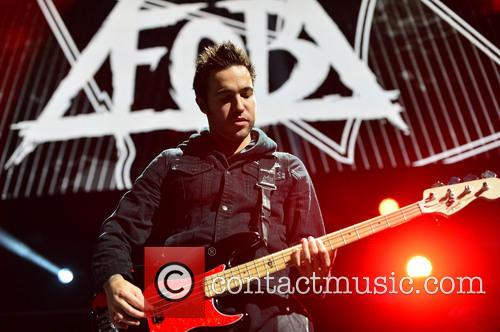 Pete Wentz and Fall Out Boy 4