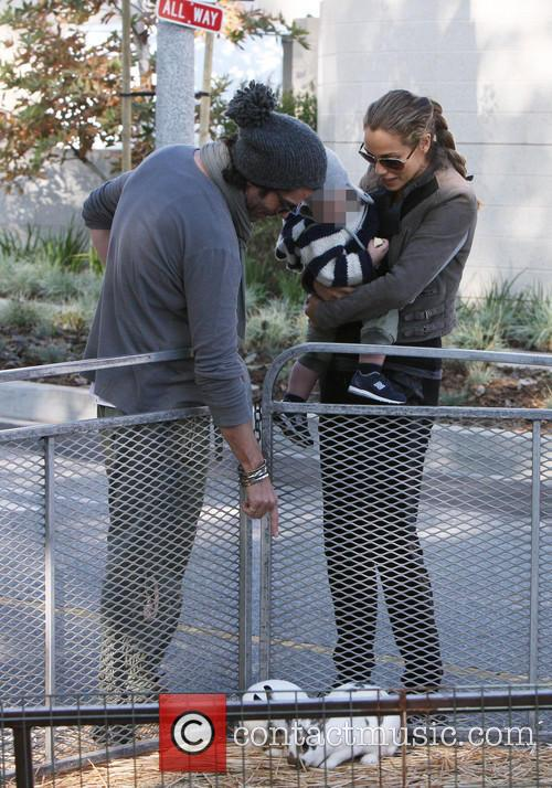 Elizabeth Berkley, Greg Lauren and Sky Lauren 7
