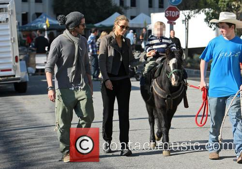Elizabeth Berkley, Greg Lauren and Sky Lauren 8