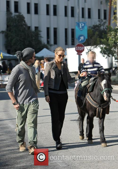 Elizabeth Berkley, Greg Lauren and Sky Lauren 11