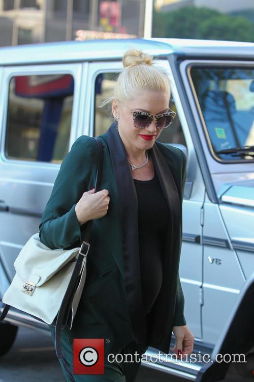 Gwen Stefani And Family Go To Baskin Robbins