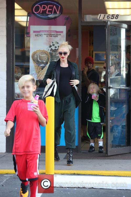 Gwen Stefani, Kingston Rossdale and Zuma Rossdale 11