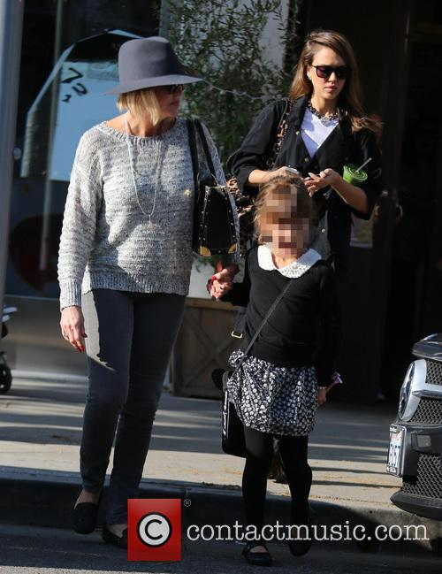 Jessica Alba, Honor Marie Warren and Catherine Jensen 3