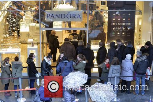 Christmas shoppers in Liverpool Town centre
