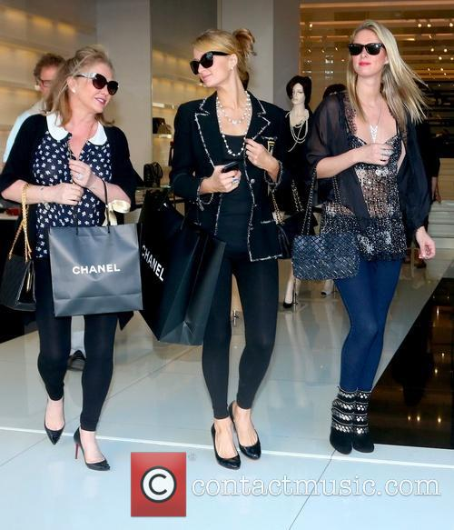 Kathy Hilton, Paris Hilton and Nicky Hilton 2