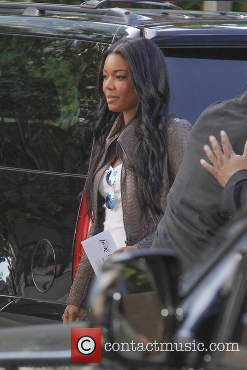 gabrielle union celebrities out at the lakers 4007323