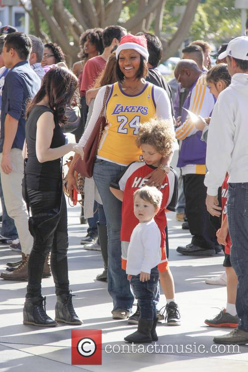 garcelle beauvais celebrities out at the lakers 4007333