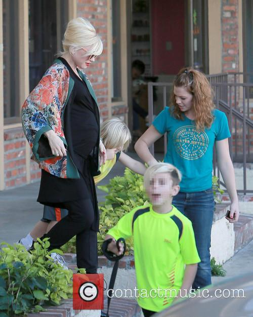 Gwen Stefani, Kingston Rossdale and Zuma Rossdale 10