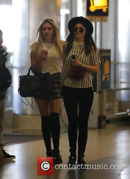 kylie jenner kylie jenner at lax 4007728