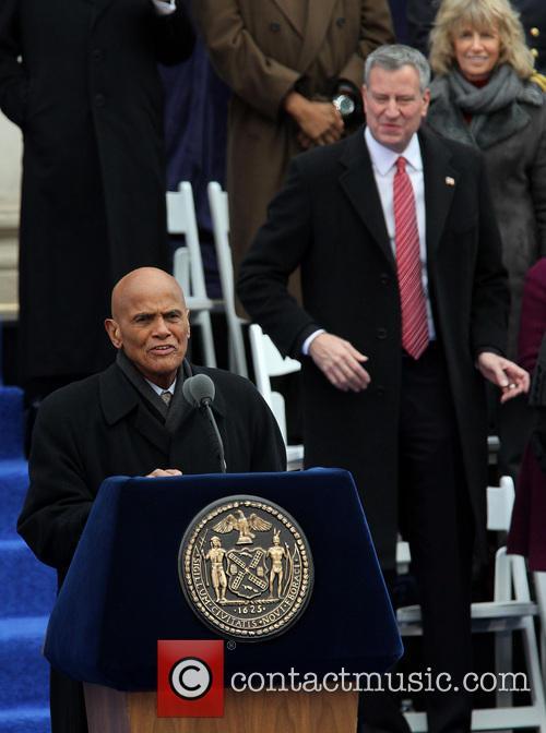 Harry Belafonte and Mayor Bill De Blasio 3