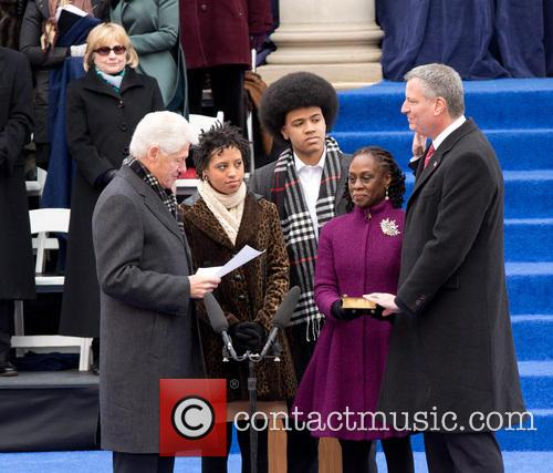 Bill Clinton, Chiara Deblasio, Dante Deblasio, Chirlane Mccray and Bill Deblasio 10