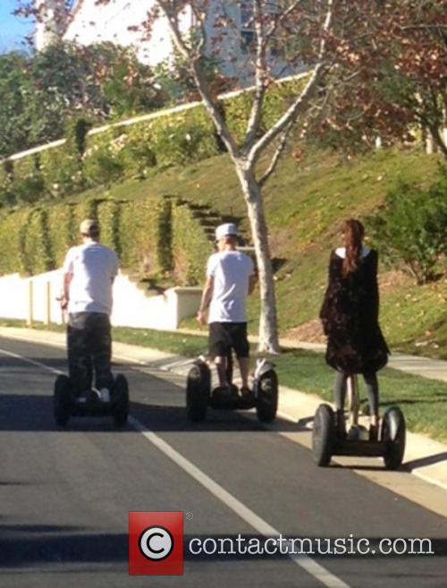 Justin Bieber, Selena Gomez, Calabasas