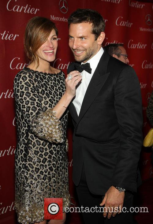 Julia Roberts and Bradley Cooper 5