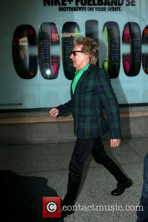 Rod Stewart and Penny Lancaster Shopping