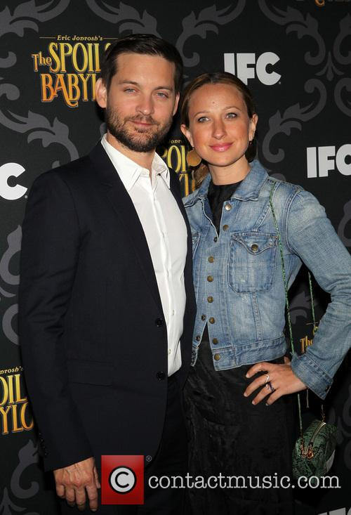 Tobey Maguire and Jennifer Meyer 10