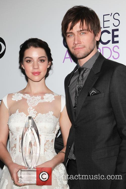 Adelaide Kane and Torrance Coombs 1