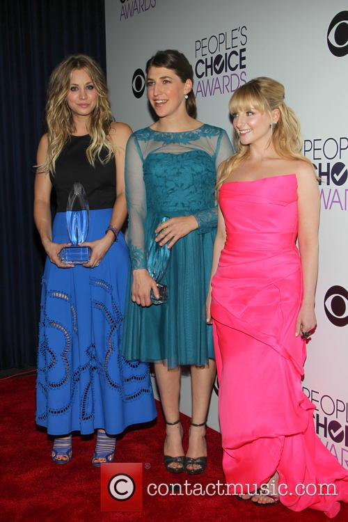 Kaley Cuoco, Mayim Bialik and Melissa Rauch 3