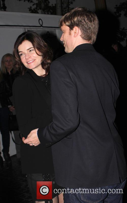 betsy brandt ws golden globes party 2014 4017762