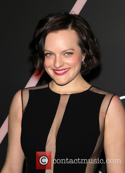 elisabeth moss audi celebrates golden globes event 4016915