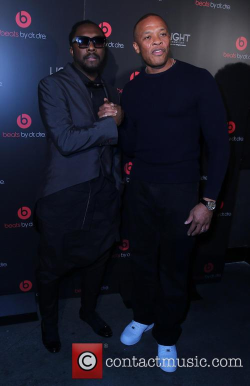 Will I Am and Dr Dre 4