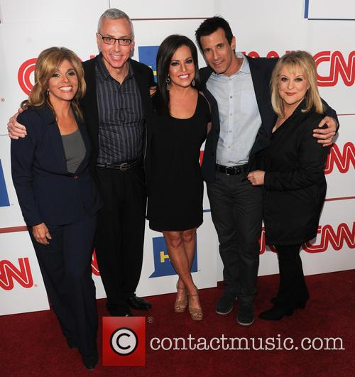 Jane Velez-mitchell, Dr Drew, Robin Meade, A.j. Hammer and Nancy Grace 1