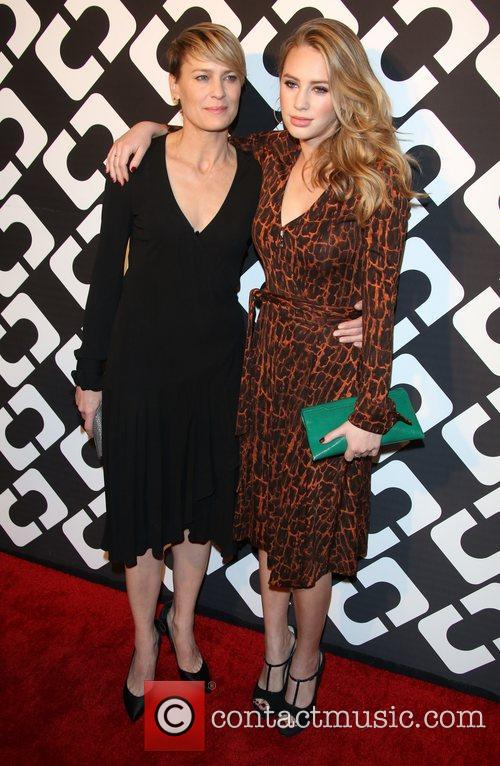 Dylan Penn (r) and Robin Wright 2