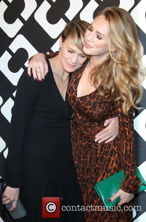 Dylan Penn (r) and Robin Wright 1