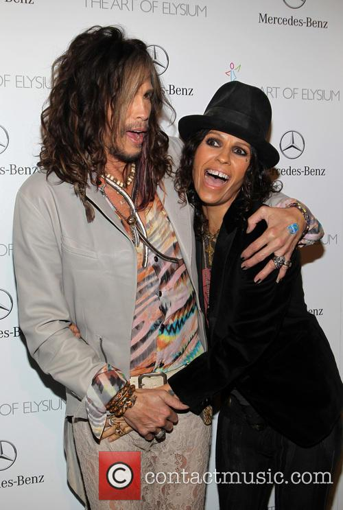 Steven Tyler and Linda Perry 9