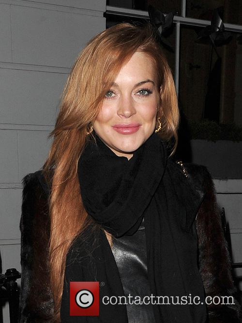 Lindsay Lohan leaves a friends house