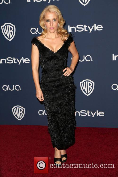 Gillian Anderson, Oasis Courtyard at the Beverly Hilton Hotel, Golden Globe Awards, Beverly Hilton Hotel