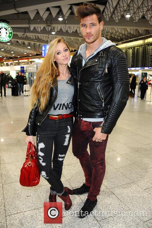 Celebrities leaving to Australia for german RTL TV...