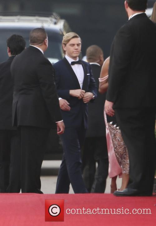 Evan Peters, Golden Globe Awards, Beverly Hilton Hotel