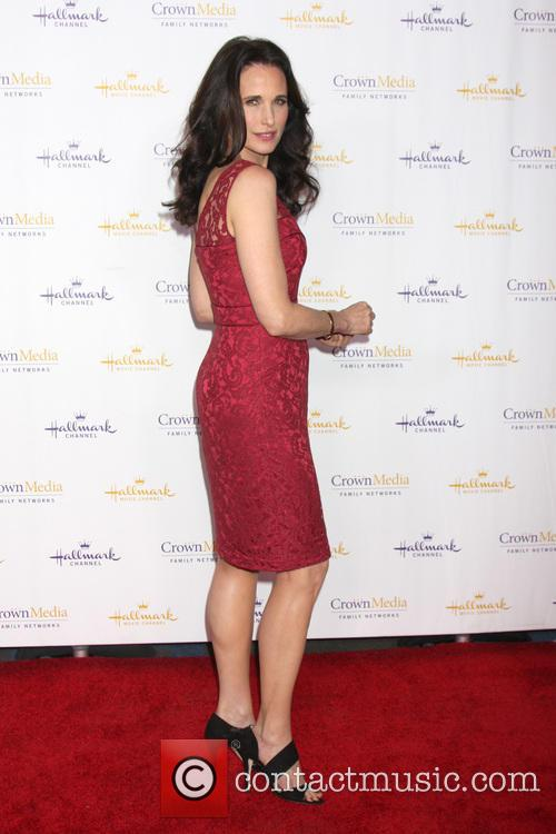 andie macdowell hallmark tca winter 2014 party 4019896