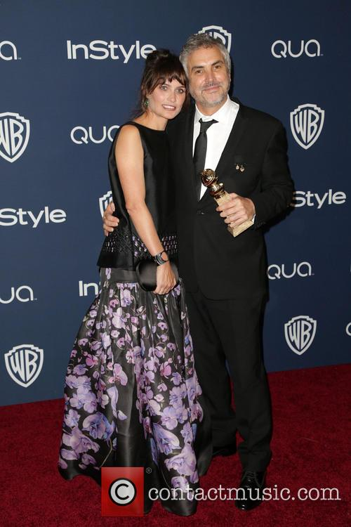 Sheherazade Goldsmith, Alfonso Cuaron, Oasis Courtyard at the Beverly Hilton Hotel, Golden Globe Awards, Beverly Hilton Hotel