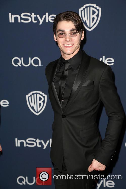 RJ Mitte, Oasis Courtyard at the Beverly Hilton Hotel, Golden Globe Awards, Beverly Hilton Hotel